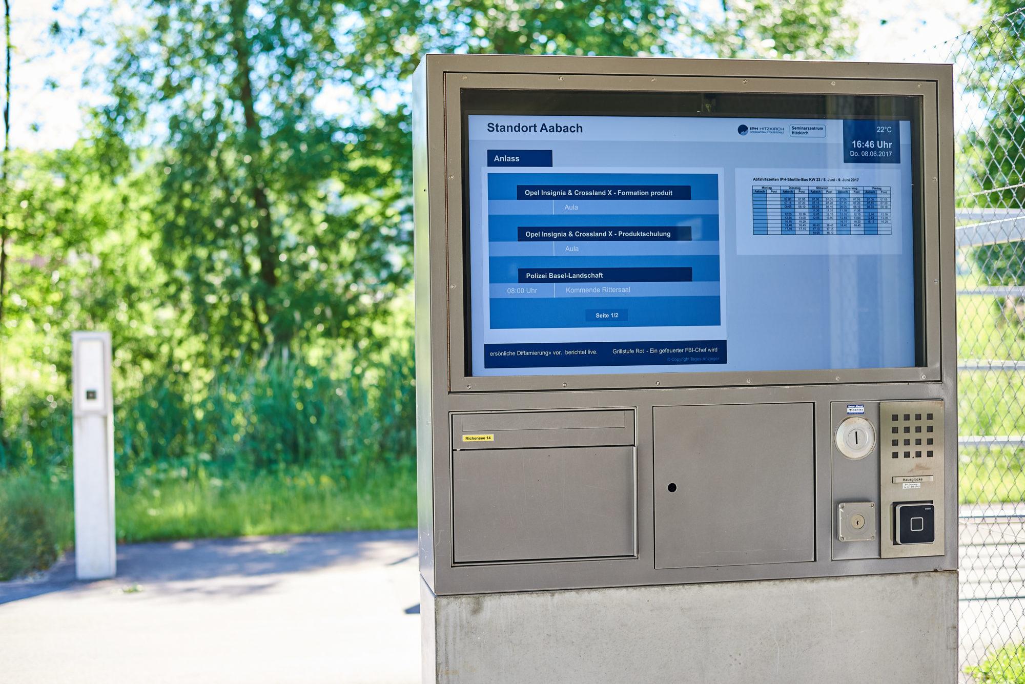 Digital Outdoor Screen
